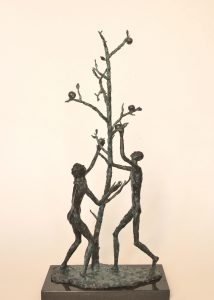 LATE-APPLES_2011-bronze-28x14x6-inches_FG-214x300